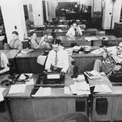 как попасть в газету или СМИ, как работать с журналистами